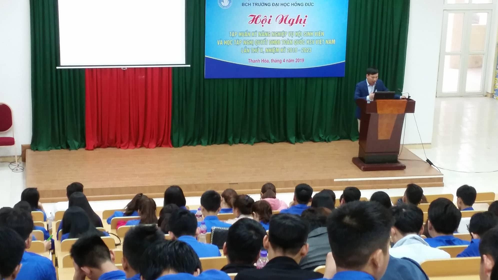 Tập huấn kỹ năng nghiệp vụ hội sinh viên học và tập Nghị quyết Đại hội đại biểu HSV Việt Nam lần thứ X, nhiệm kỳ 2018-2023.