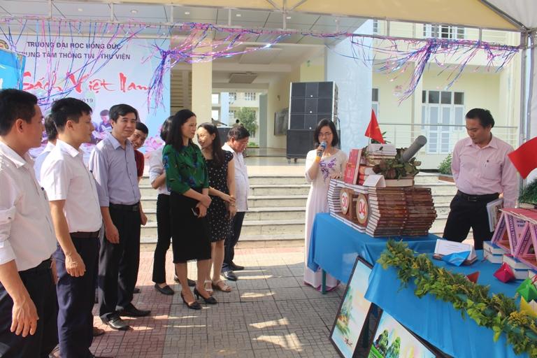 Sôi nổi các hoạt động nhân Ngày Sách Việt Nam  ở Trường Đại học Hồng Đức